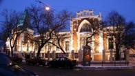 Gosudarstvennyy_centralnyy_teatralnyy_muzey__glavnoe_zdanie.jpg